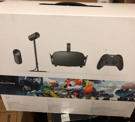 Oculus Rift + Virtual Reality System + XBOX ONE Controller CV1