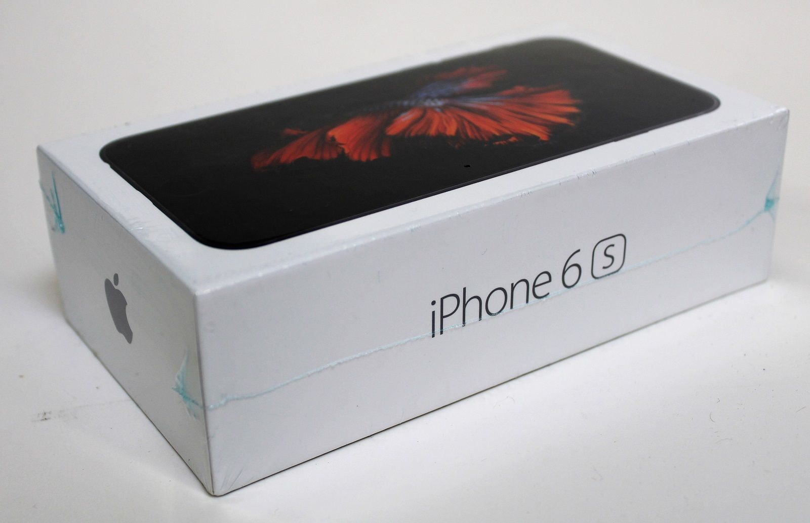 Apple iPhone 6s - 32GB - Space Gray (Unlocked) A1633 (GSM) Brand New in Box