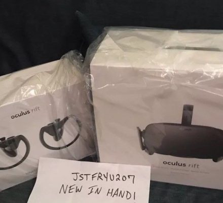 NEW - Oculus Rift VR Headset + Oculus Touch VR Controllers - Virtual Reality